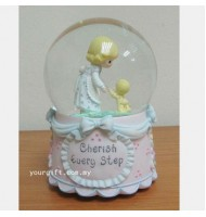 Mother's Love Crystal Globe Music Box