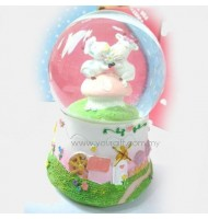 Love Cattle Water Globe Music Box